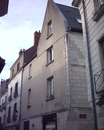 14 rue de la Grosse Tour, where I lived during my summer in Tours.
