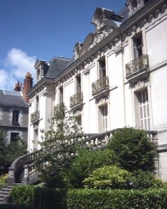 Institut de Tourraine, Tours, France