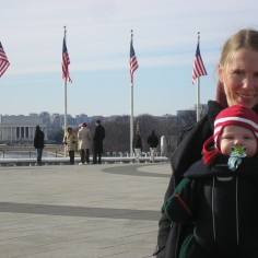 Susan and Fiona with the Lincoln Memorial in the background